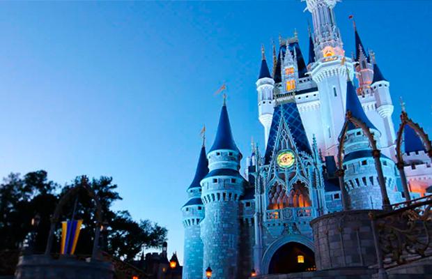 Mickey e Minnie viram unicórnio em novo cupcake vendido na Disney