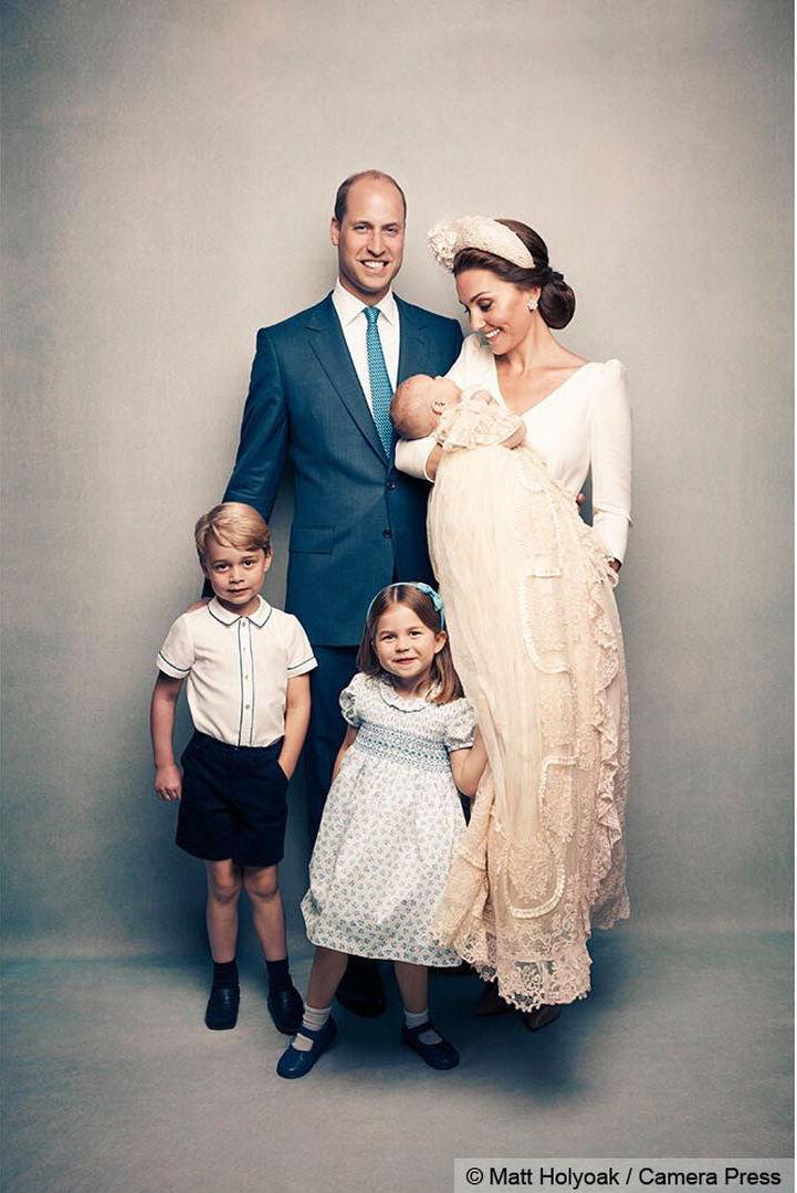 familia-real-kate-middleton-principe-william-george-charlotte-louis-batizado