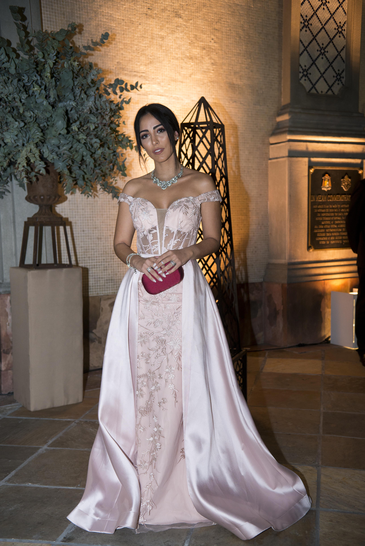 Jade Seba com vestido de festa rosa