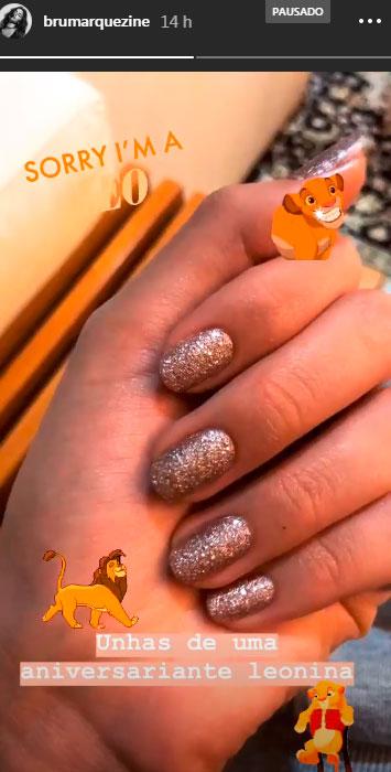 bruna-marquezine-unha-esmalte-glitter