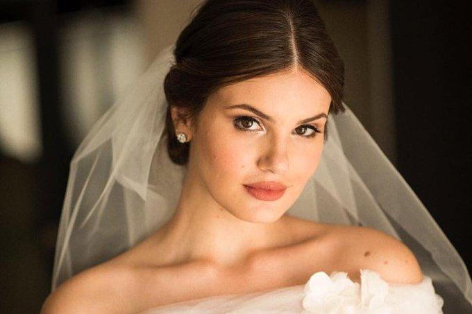 camila-queiroz-penteado-casamento-acessorio-diamante