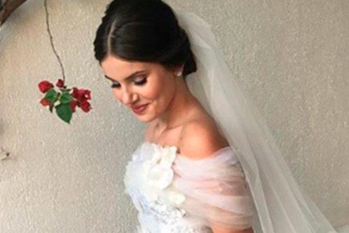 O vestido de noiva da Camila Queiroz é maravilhoso!