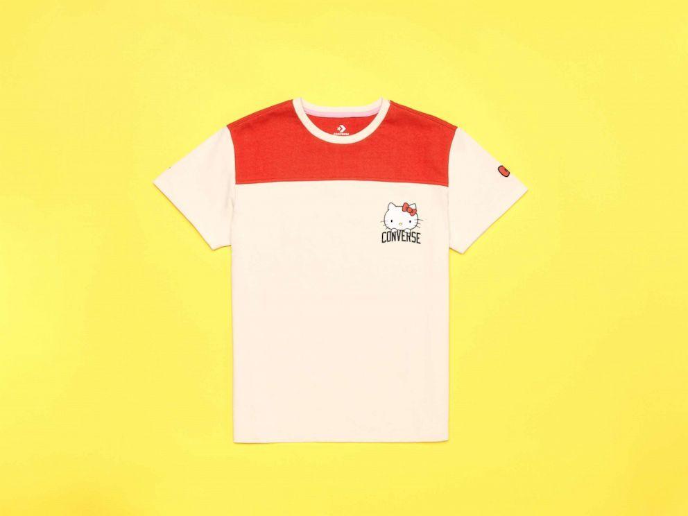 camiseta-converse-hello-kitty