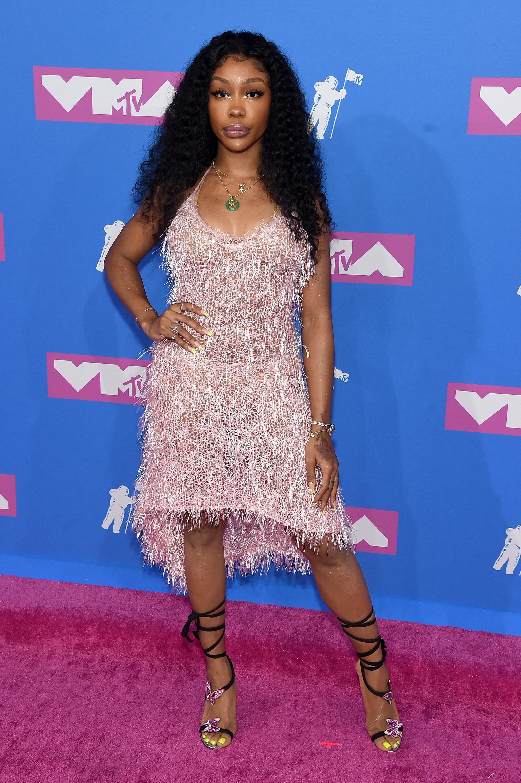 SZA no red carpet do VMA 2018.