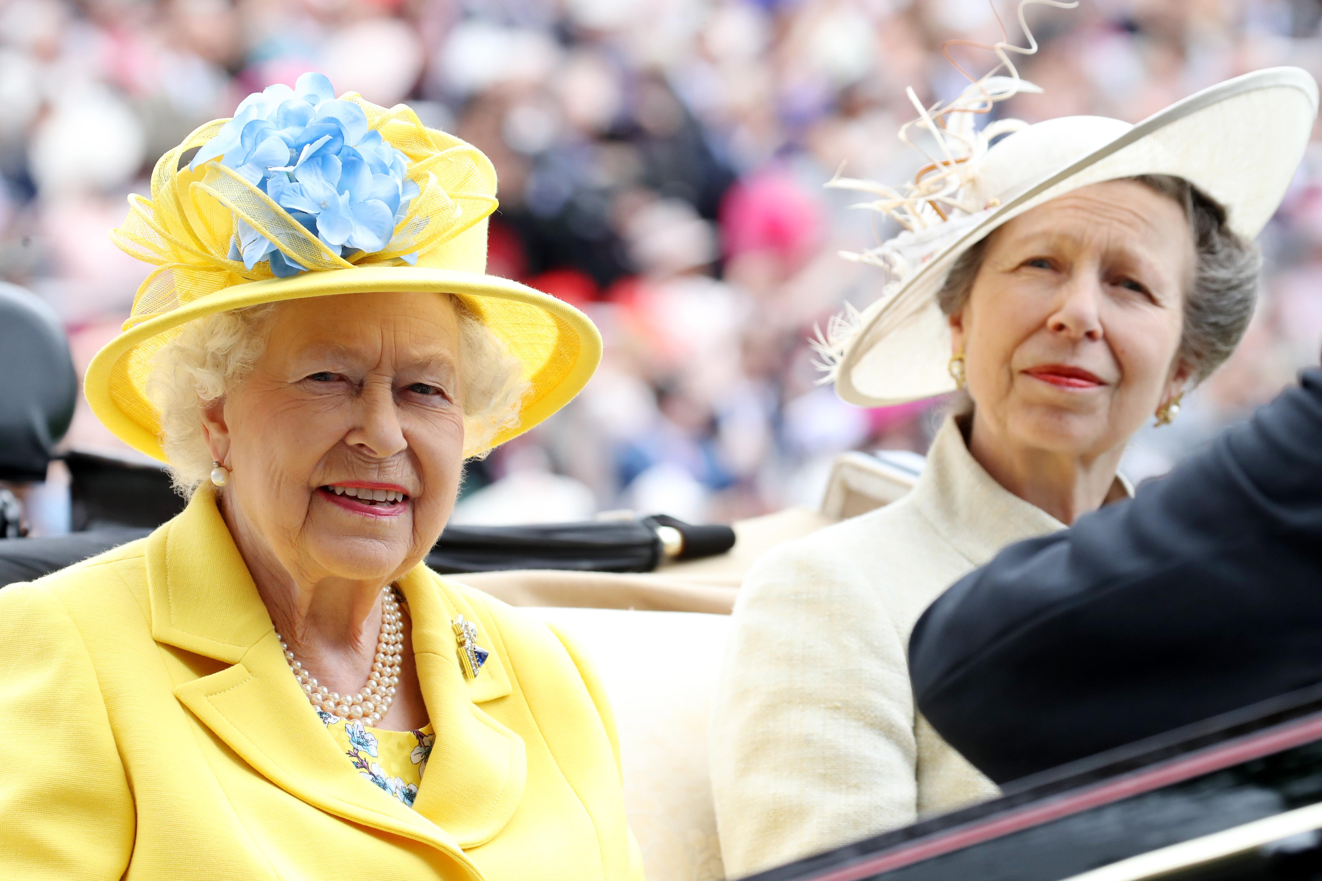 rainha-elizabeth-princesa-ana