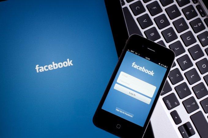 Facebook é denunciado por discriminar mulheres em vagas de emprego
