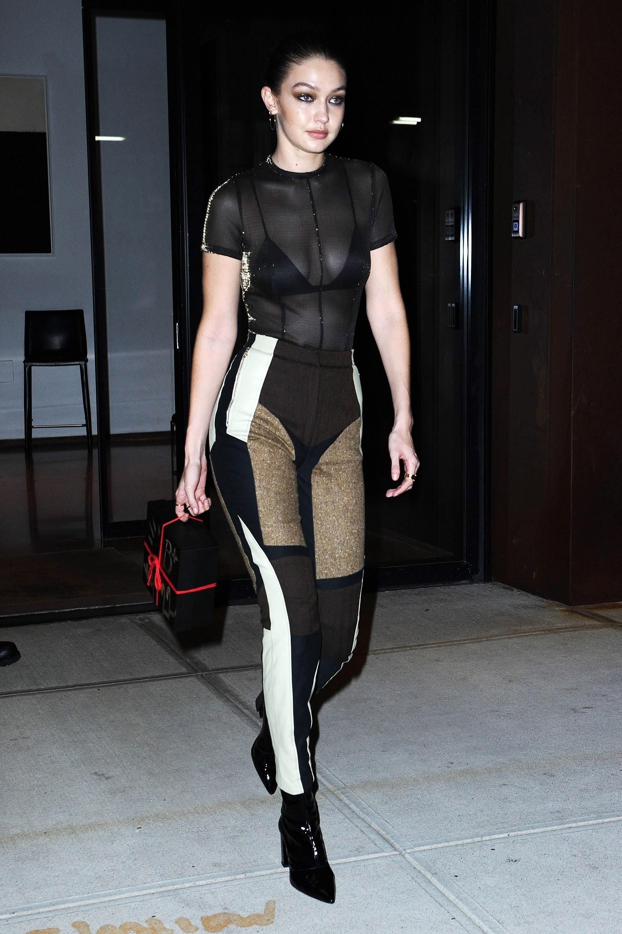 Gigi Hadid e sua calça diferentona