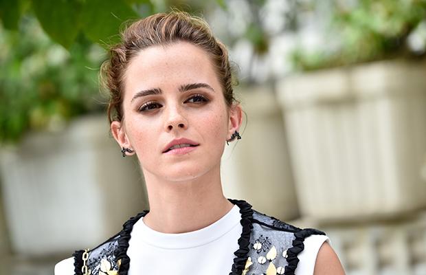 Emma Watson se posiciona sobre aborto em carta aberta publicada em revista