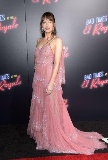 Dakota Johnson estava uma princesa-fada com este vestido lindo!