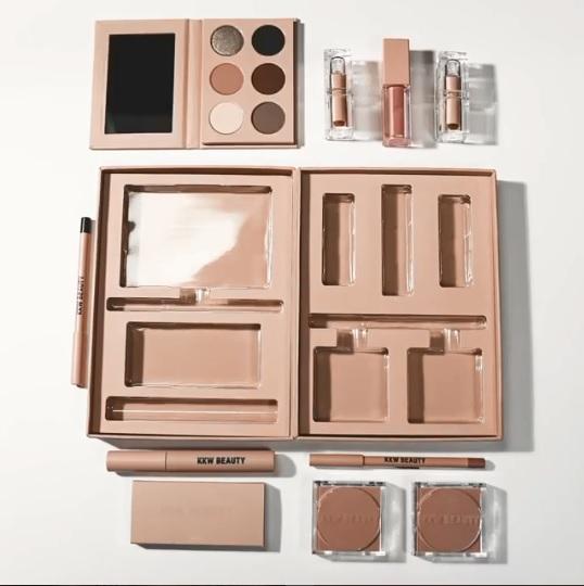 kkw-beauty-kit-de-maquiagem