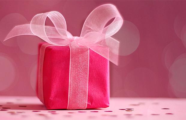 Enquete: qual é o presente perfeito para uma garota de 15 anos?