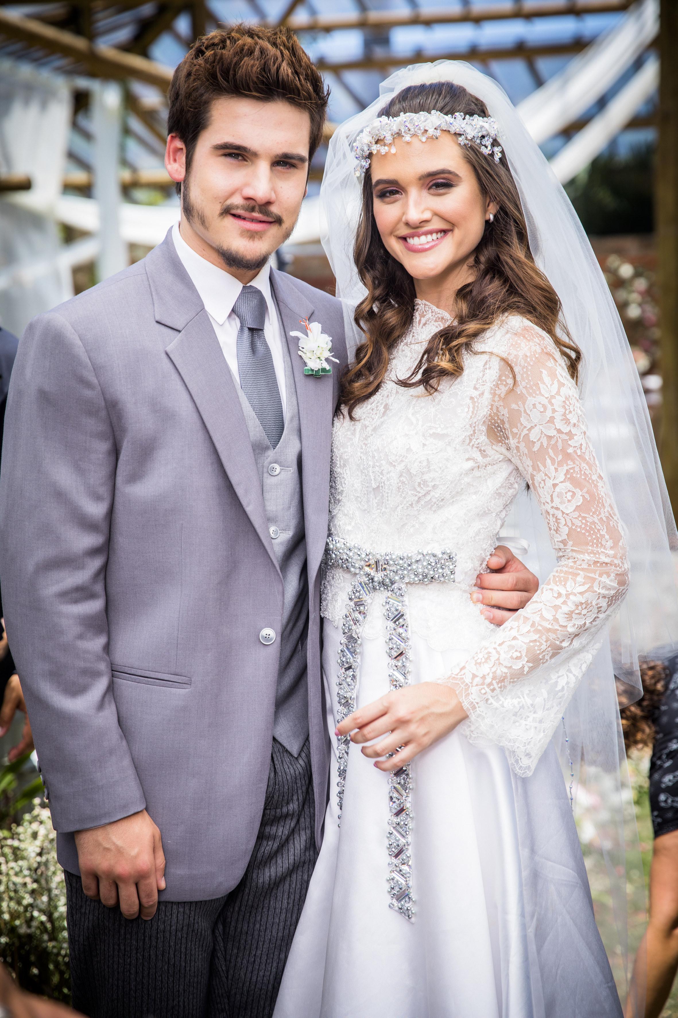 Vestido e noiva Juliana Paiva