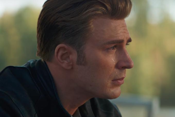 vingadores-ultimato-trailer-capitao-america-chorando