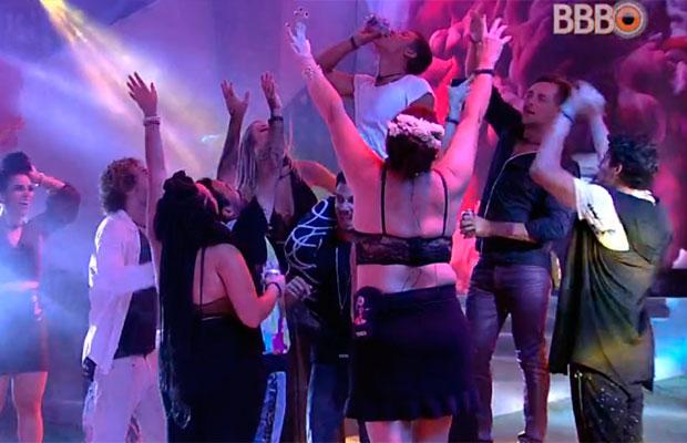 E a melhor festa do BBB19 que aconteceu fora da casa ~mais vigiada do Brasil~?