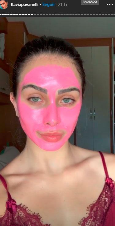 flavia-pavanelli-mascara-facial-1