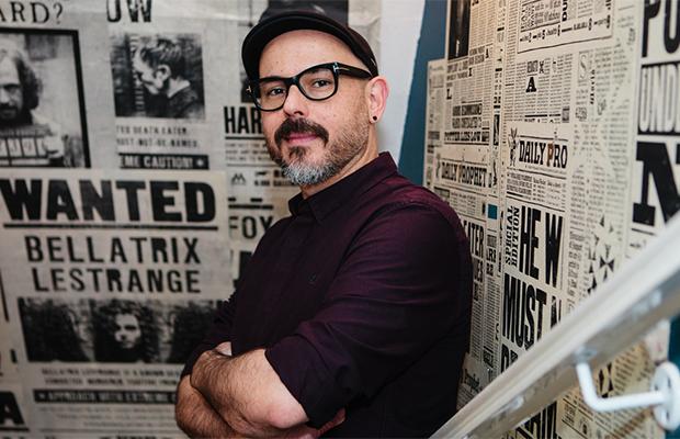 Eduardo Lima conta como era o trabalho por trás dos filmes de Harry Potter