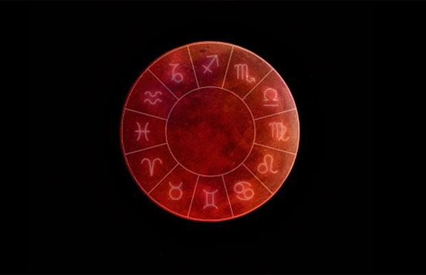 A influência do eclipse lunar e da Superlua de sangue nos signos do zodíaco
