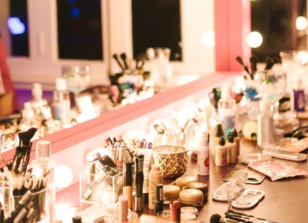 casa-de-praia-gillette-venus-maquiagem