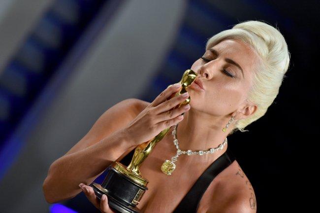 Lady Gaga levou a estatueta de Canção Original com Shallow