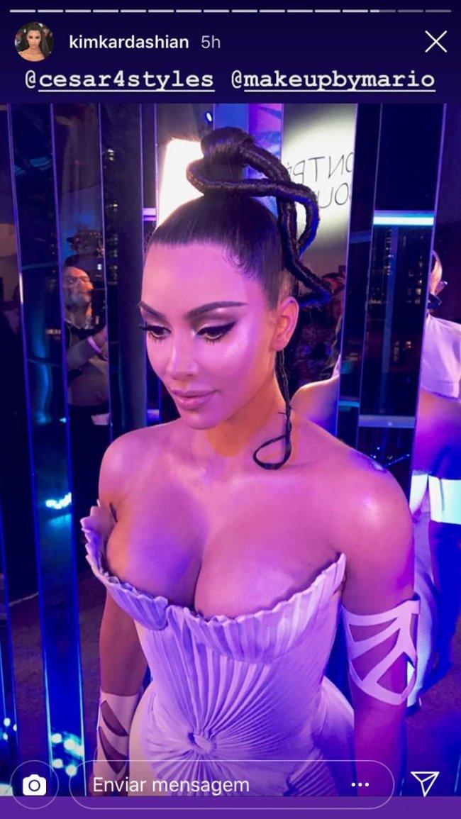 kim-kardashian-cabelo-escultura