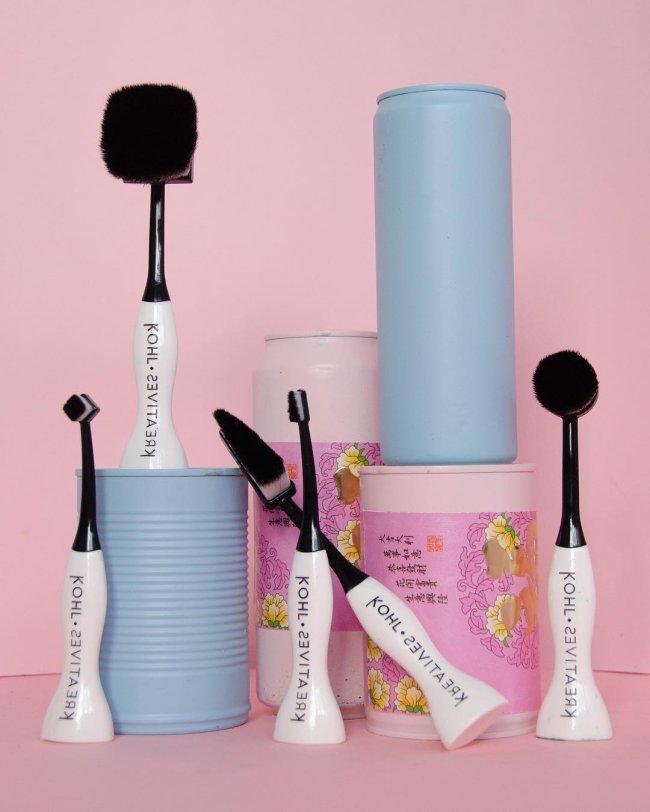 pincel-de-maquiagem-ergonomico-1