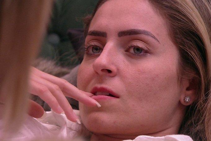 Paula pode ser desclassificada do BBB19 por causa de Rodrigo