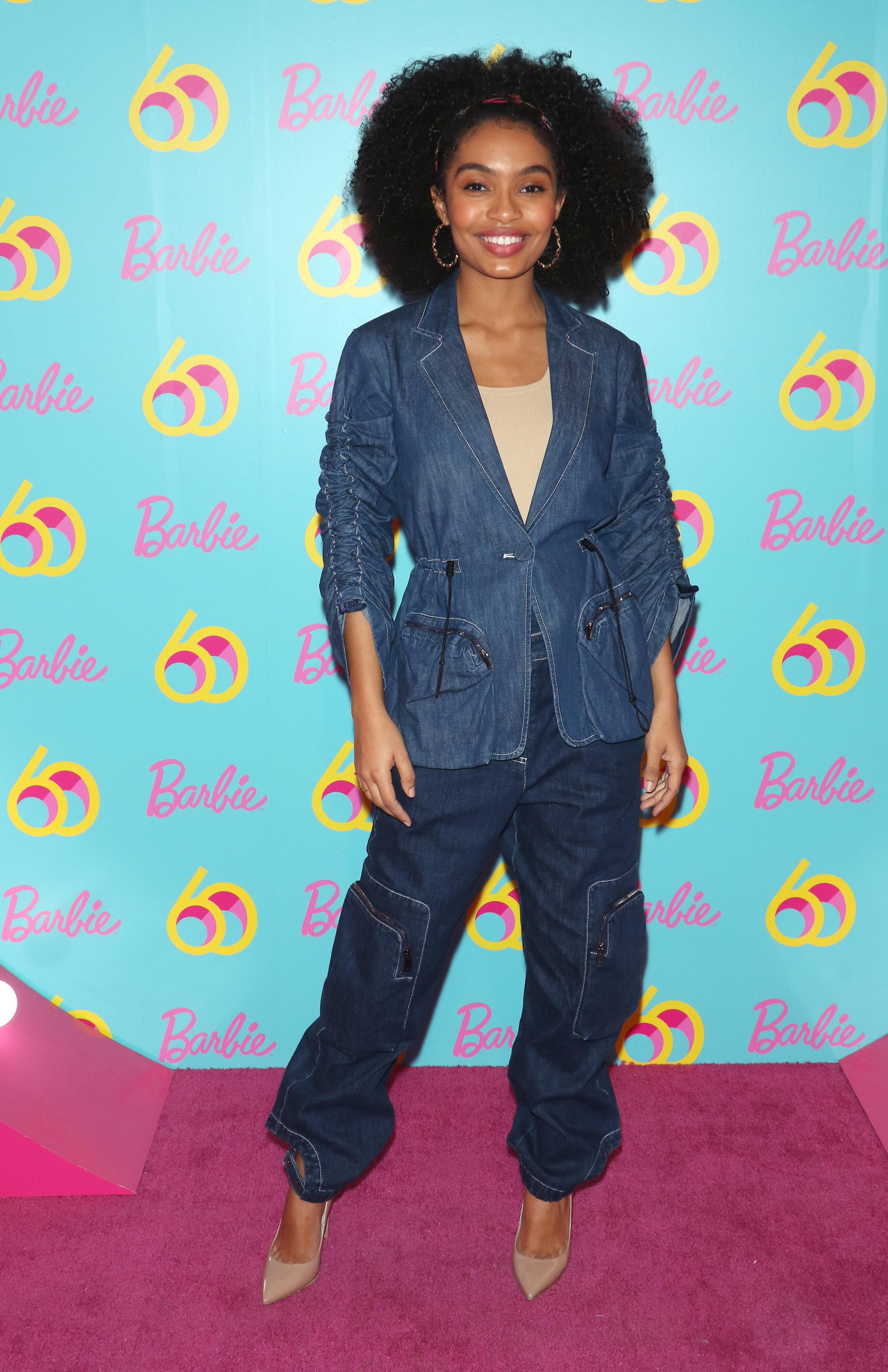 yara-shahidi-jeans