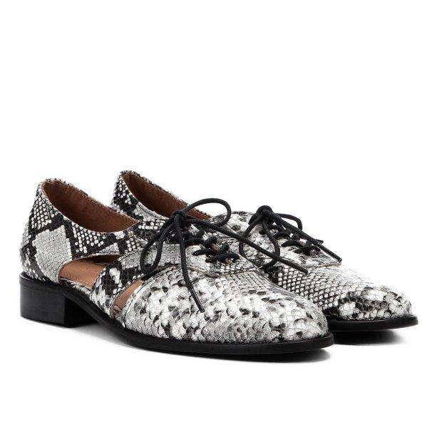 Oxford da Shoestock (R$ 229,90*).