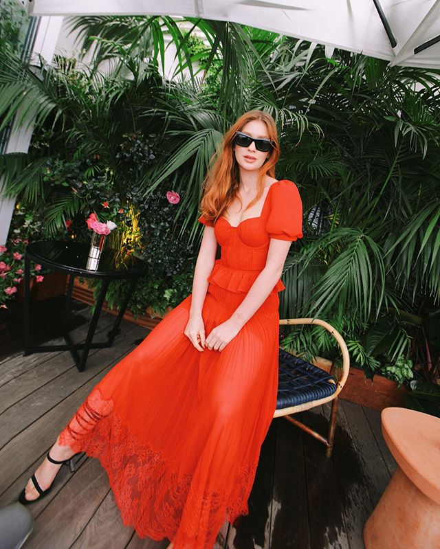 marina-ruy-barbosa-vestido-vermelho-cannes