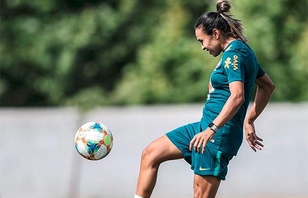Marta sofre lesão durante treino para a Copa do Mundo Feminina