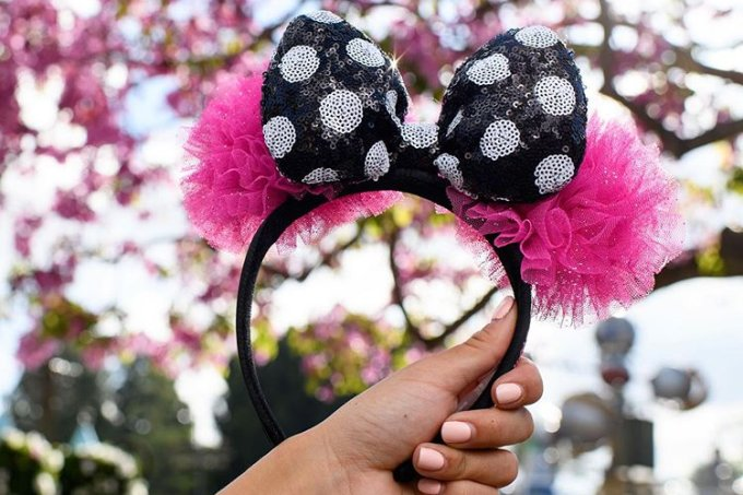 orelhinha-mickey-disney-Betsey-Johnson