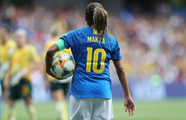 Marta se torna a maior artilheira da história das Copas do Mundo