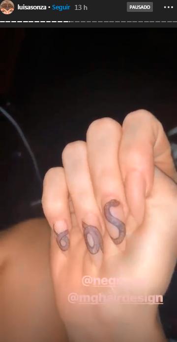 nail-art-cobra-luisa-sonza-1