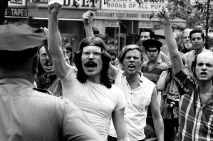Há 50 anos, a luta LGBTQ+ mudava para sempre; saiba o que foi Stonewall!