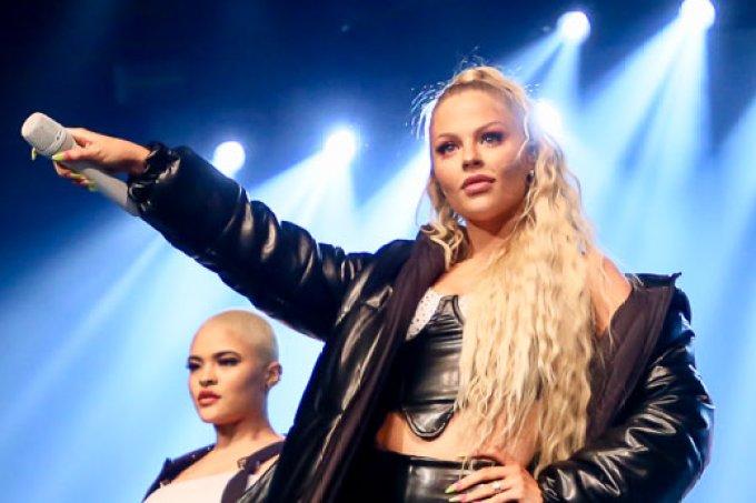 Confira o figurino da turnê Pandora de Luisa Sonza