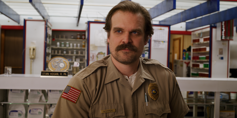 xerife-jim-hoper-stranger-things-3-temporada