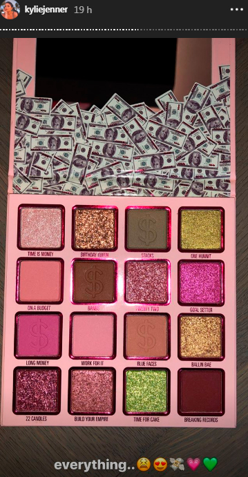 kylie-jenner-birthday-collection-money-3