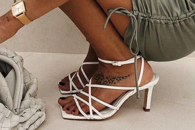 sandalia-bico-quadrado