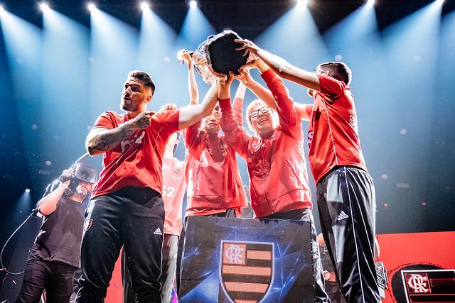 Flamengo conquista título inédito em campeonato de League of Legends