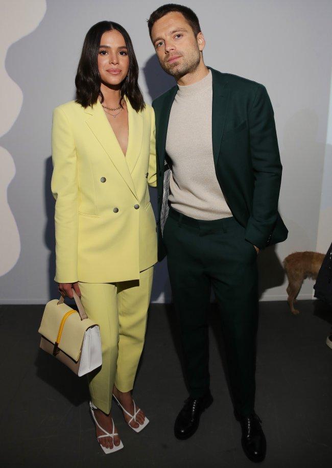 Bruna Marquezine e Sebastian Stan no desfile da Boss na Semana de Moda de Milão