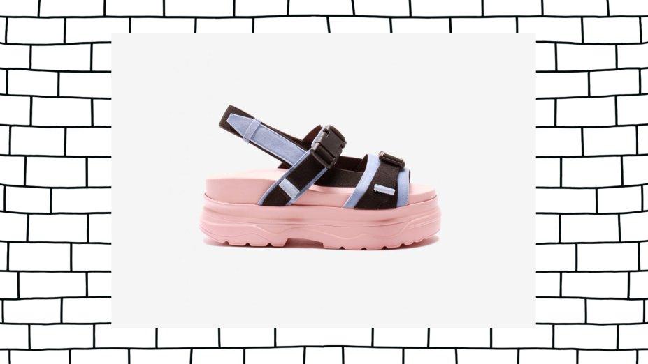 Sandália Birken Fivela, Inbox Shoes, R$ 199,90*.