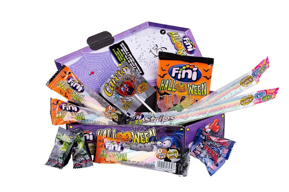 Kit Caixão com vários doces, da Fini (R$ 19,90*).