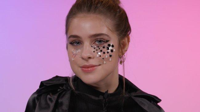 make-halloween-delineado-com-lagrimas-de-glitter