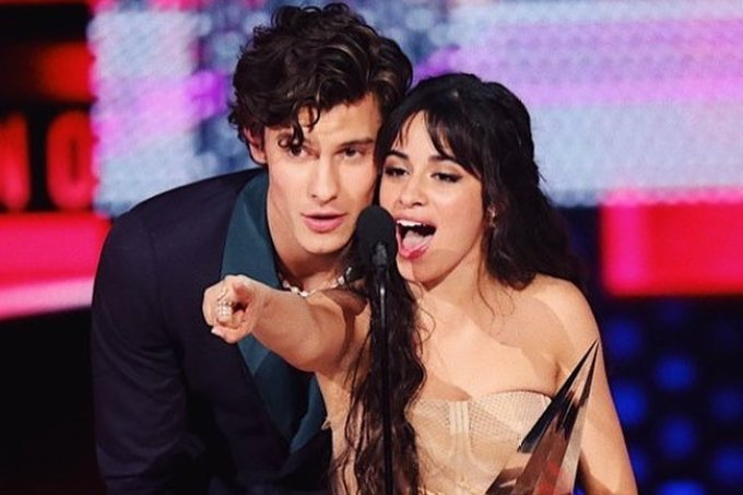 camila-cabello-shawn-mendes-american-music-awards