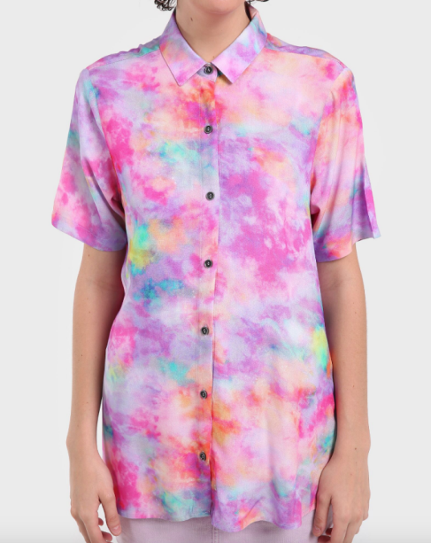Camisa tie-dye da Riachuelo (R$ 89,90*).