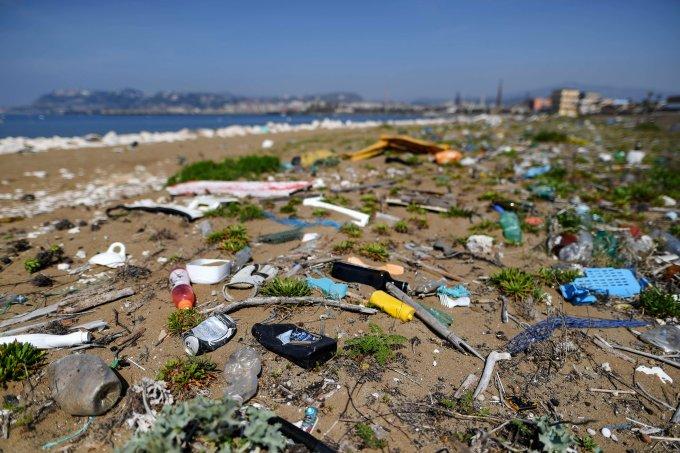 9 coisas que são tão terríveis para a natureza quanto canudos plásticos