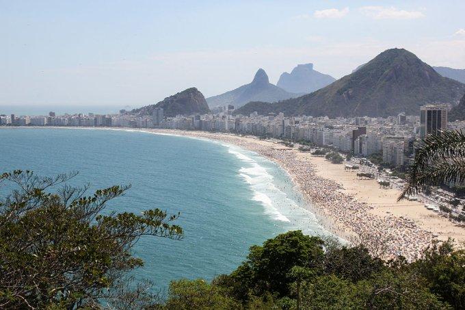Manchas de óleo podem chegar às praias do Rio de Janeiro em poucos dias