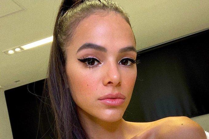 bruna-marquezine-maquiagem-ariana-grande