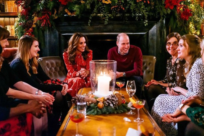 kate-middleton-principe-william-a-very-berry-christmas