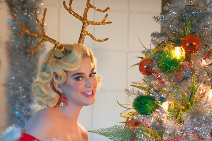 katy-perry-cozy-little-christmas